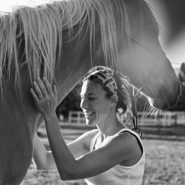 certificacion coaching con caballos barcelona 600x600 - Certificación Profesional: Coaching Psicosomático asistido por Caballos.